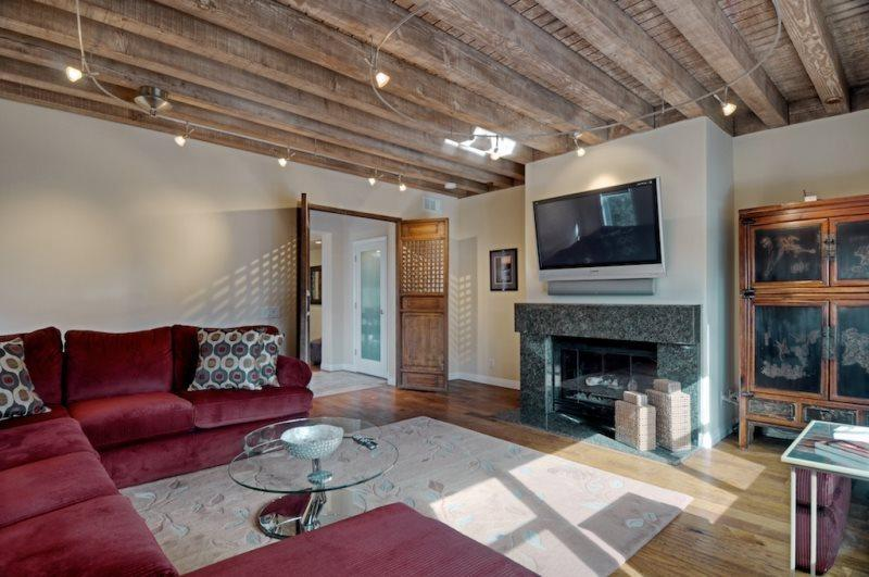 Living Room  - Jewel of the Pacific- La Jolla Luxury 3BR Home - San Diego - rentals