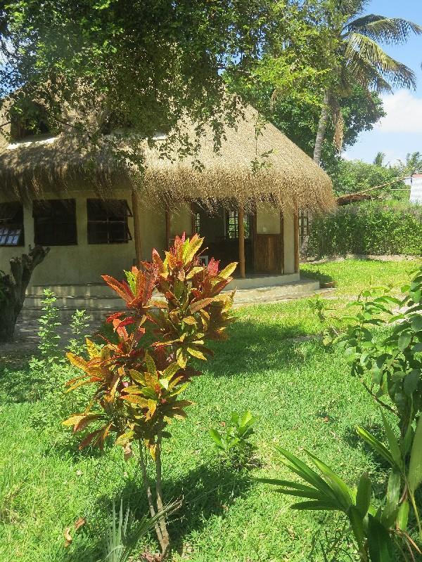 Casa Babi - Tucul - Image 1 - Vilanculos - rentals
