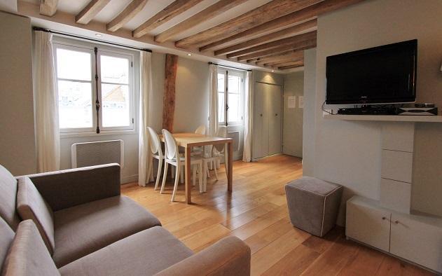 St Anne: Fantastic 2BR and 2BA apartment -Opera area - Image 1 - Paris - rentals