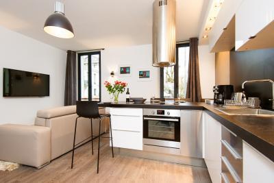 Gambetta II- Great 2 Bedroom Apartment in Center of Cannes - Image 1 - Cannes - rentals