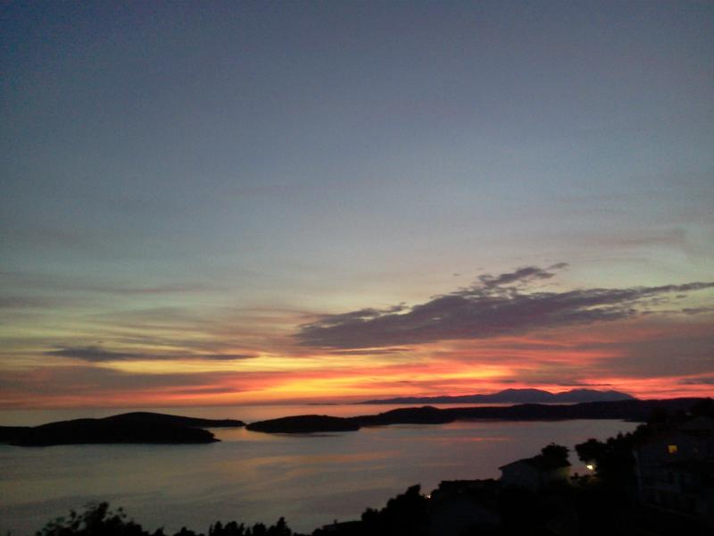 Enjoy your dinner while watching one of the most breathtaking sun set - Enjoy a unique experience in  villa Franica - Hvar - rentals