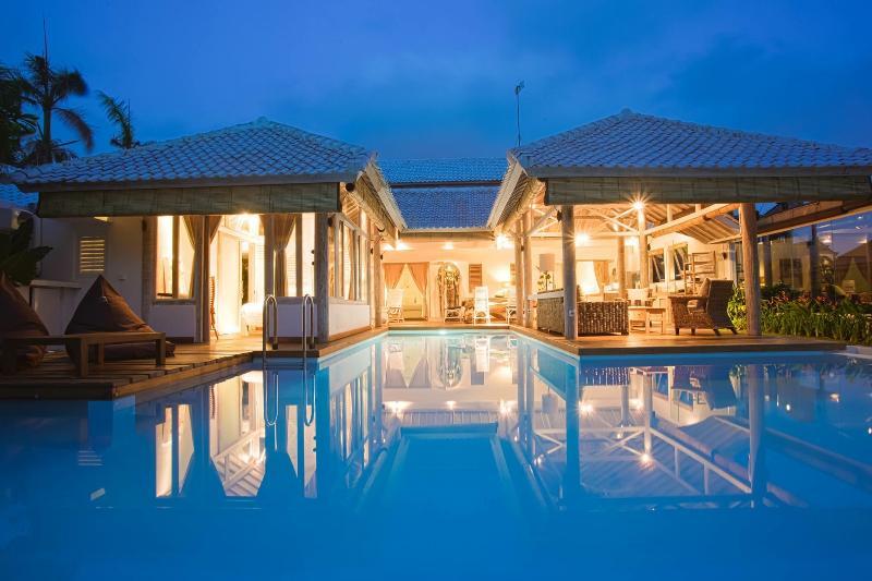 Cocowhite villa from the garden - NEW 2014 CocoWhite Villa 3 bdr HEART OF SEMINYAK - Seminyak - rentals