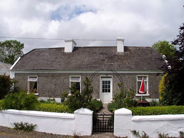 Katie's Cottage, Cranny, Kilrush, Co.Clare - Image 1 - Portumna - rentals