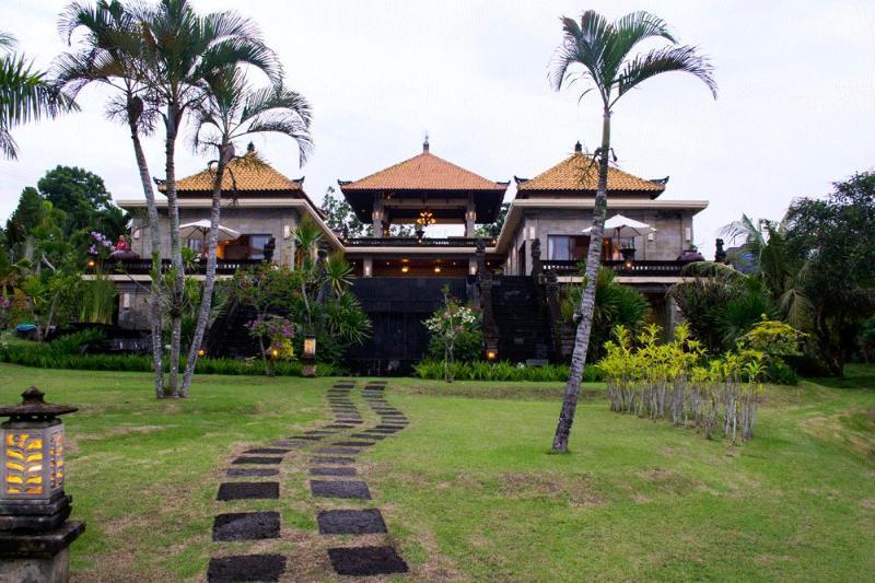 Villa Sami Sami - Bukit Area - 6 bedrooms - Image 1 - Ungasan - rentals