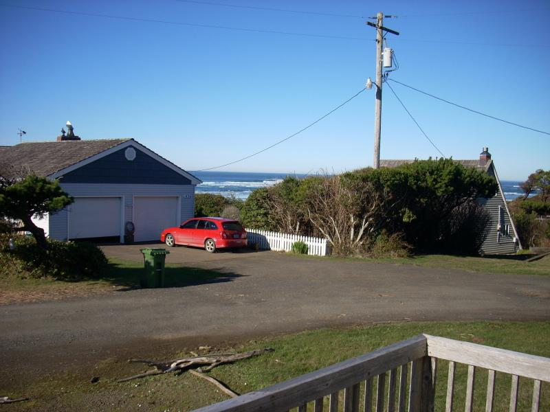 View from the front deck - Beach House Get-Away / Steps from the Beach - Waldport - rentals