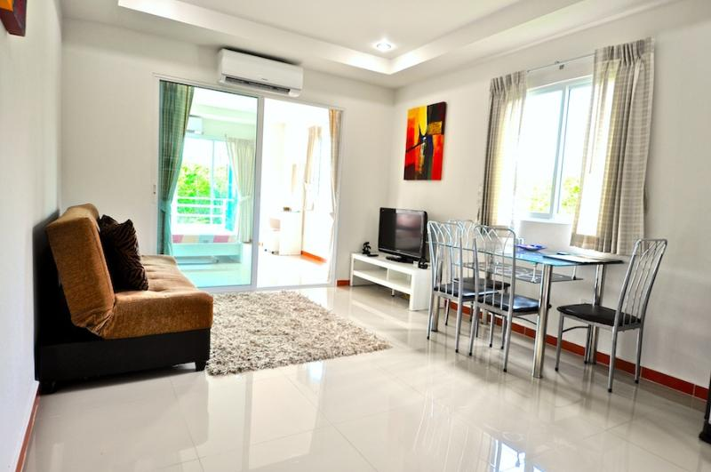 1bedroom on Jomtien 100m away from the beach(soi13-301) - Image 1 - Pattaya - rentals