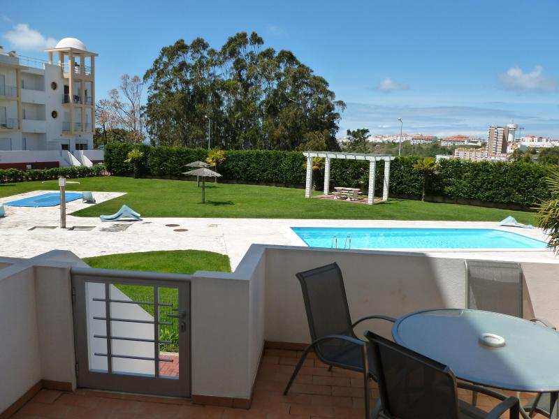 poolside terrace - nazare 2 x bed poolside apartment - Nazare - rentals