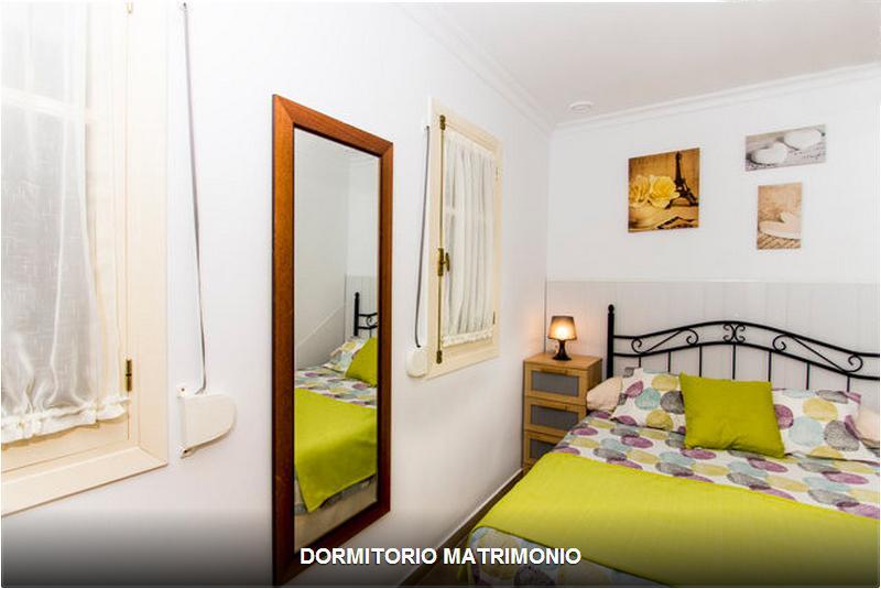 Cheap apartment in the heart of Old Cadiz (2-4 pax) - Image 1 - Cadiz - rentals