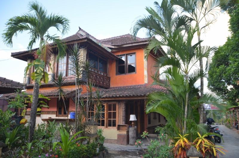 Main building - Villa Stanley - Apartment with amazing Garden View - Mataram - rentals