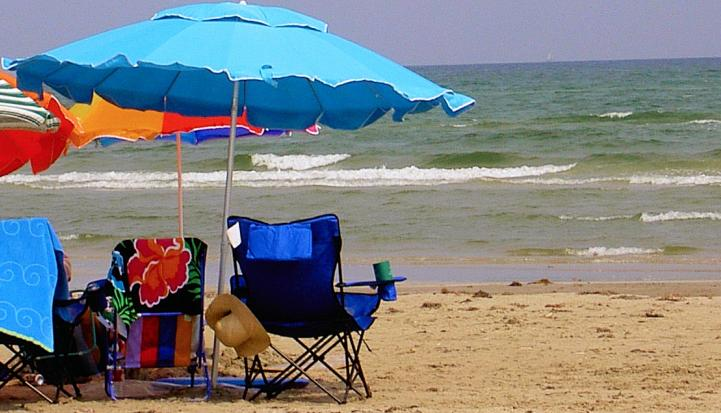 Port Aransas Beach - Beach Close, Sleeps 8, 25 Ft ,Pool, Pets Welcome - Port Aransas - rentals