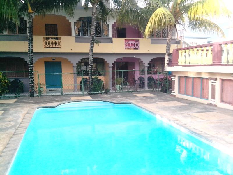 Bungalor for rent in flic en flac Mauritius - Image 1 - Albion - rentals
