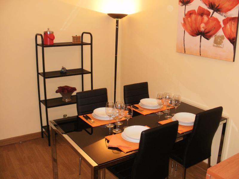 comedor equipado para 4/6 personas - Apartamento ideal en Gracia (BCN) - Barcelona - rentals