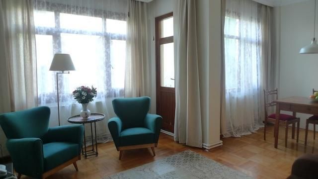 Living room - Large Duplex 3 bdr apartment in centre of Istanbul - Istanbul - rentals