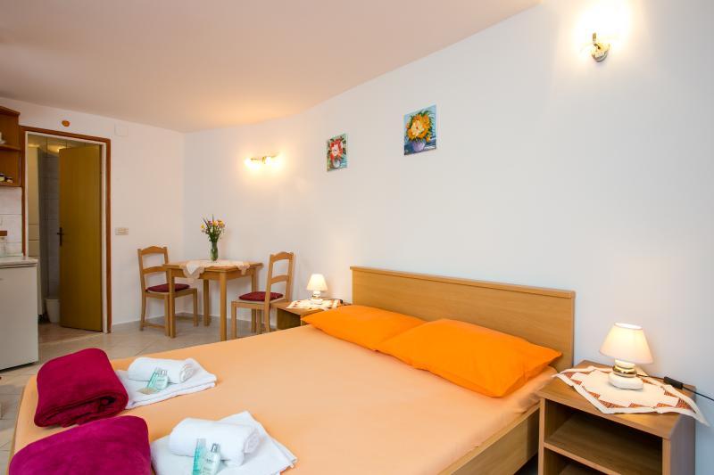 Dubrovnik apartment Lorena - Image 1 - Dubrovnik - rentals