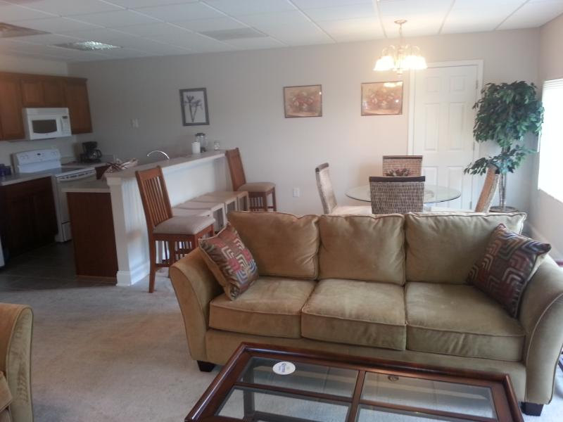 Living Room - 2BD/2BT -1200 Ft Condo in Salisbury , 30 miles from Charlotte - Salisbury - rentals