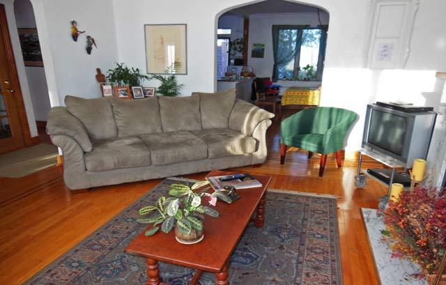 The Coolbrook - Serene, Charming, Relaxing - Image 1 - Montreal - rentals