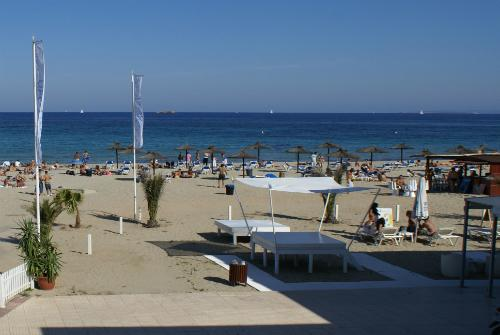 Beach front in Playa den Bossa! close to BORA BORA - Image 1 - Ibiza - rentals