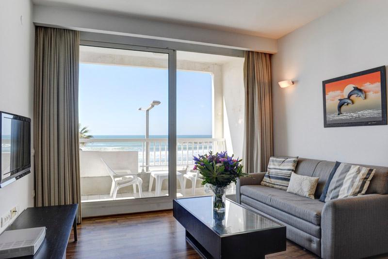 TLV / 1 BR Vacation Apt with Balcony and Ocean Vie - Image 1 - Tel Aviv - rentals