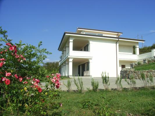 App. Bella Vista in ground floor of Villa Panorama - App. Bella Vista, pool, 5 guests, near Rome, Lake - Bassano Romano - rentals