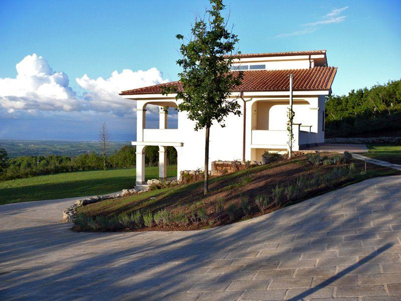 App Prima Vista in first and second floor Villa Panorama. - App. Prima Vista, pool, 6 guests,nearby Rom, Lake - Bassano Romano - rentals