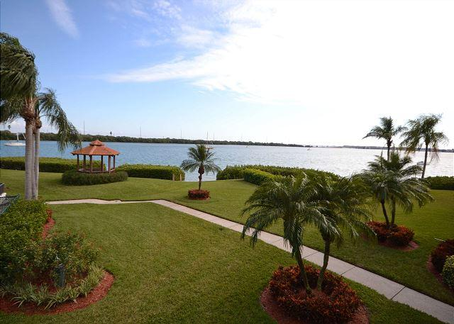 Bahia M-203  WOW!  All New and Beautiful 2nd floor with pool & bay views! - Image 1 - Tierra Verde - rentals