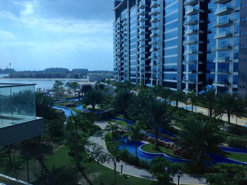 View from the balcony/ windows - Luxury apartment on Palm Jumeira with privateBeach - Dubai - rentals