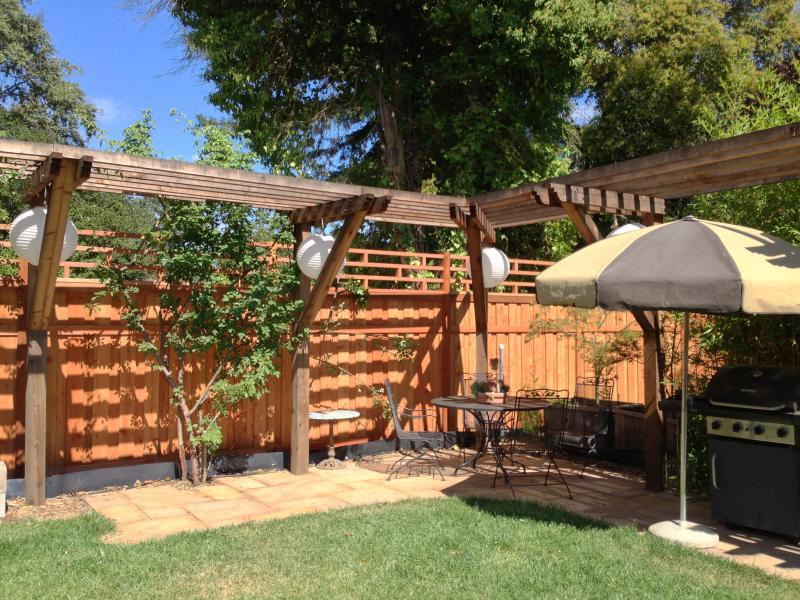 Cozy backyard studio - Image 1 - Santa Rosa - rentals