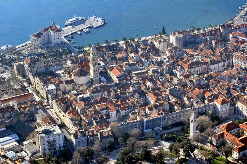 UNESCO protected Palace - Million Dollar View - Split - rentals