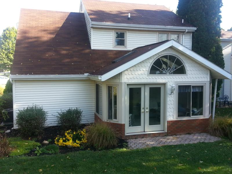 """Serenity Cottage  (SunRoom, rear of townhome) - Lititz,PA  Serenity Cottage, """"Coolest Small Town"""" - Lititz - rentals"""