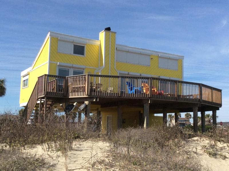 View from the Gulf - Charming Beachfront House Sleeps 8 ** On The Beach - Galveston - rentals