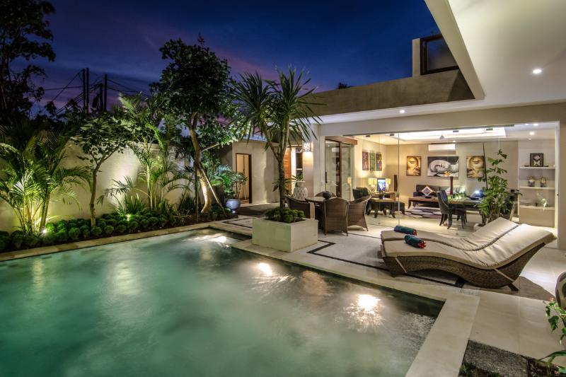 Poolside - Villa Lisha Superior - Pool Villa - Seminyak - rentals