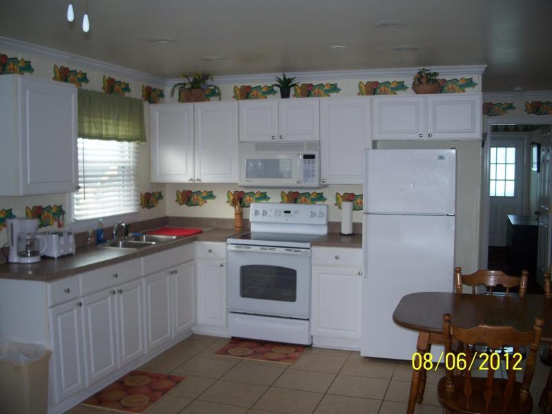 kitchen/dining room - Ocean City Md - early winter rentals - Ocean City - rentals