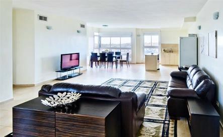 Amazing open plan living room - Luxury 2 Bdr Apt In German Colony - Amazing Views! - Jerusalem - rentals