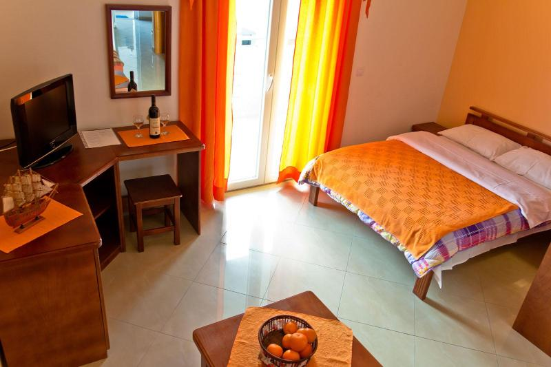 Interior - Charming studio 30 meters from the sea - Tivat - rentals