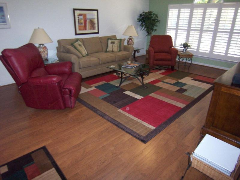 Spacious living room with two recliners - 1 BR, (3CV) 2nd Floor, King, 1 Mile to  Beach - Sunset Beach - rentals
