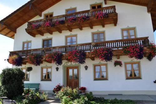 LLAG Luxury Vacation Apartment in Schechen - 753 sqft, quiet, natural, comfortable (# 4779) #4779 - LLAG Luxury Vacation Apartment in Schechen - 753 sqft, quiet, natural, comfortable (# 4779) - Schechen - rentals