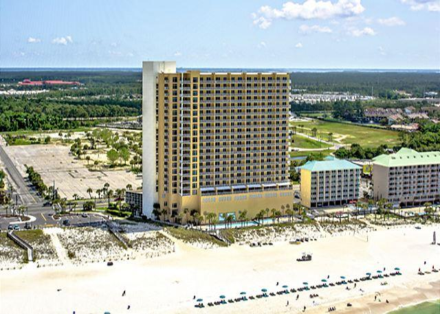 STERLING REEF - BEAUTIFUL BEACHFRONT RESORT - Majestic Beachfront Housing for 8 with Special Discounts! - Panama City Beach - rentals