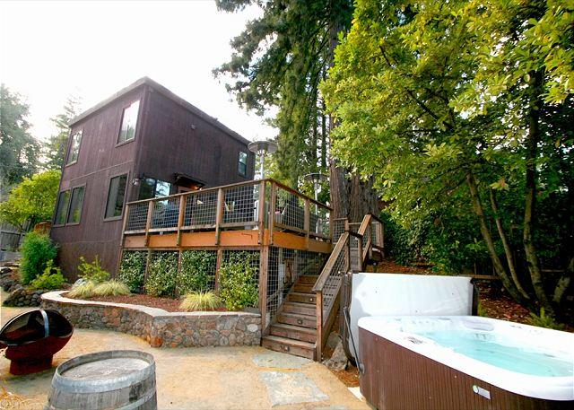 """Summerwood"" Sun-drenched, quiet, stunning home! HotTub, Decks, Canyon Views! - Image 1 - Guerneville - rentals"