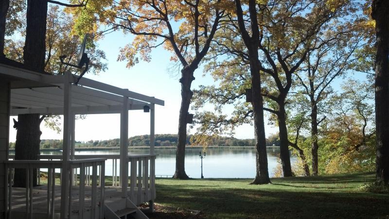 Exterior Lake View - Moon Song Vacation Cottage on Spring Lake - Prior Lake - rentals