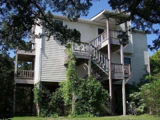 CR20: Wild Peony - Image 1 - Ocracoke - rentals