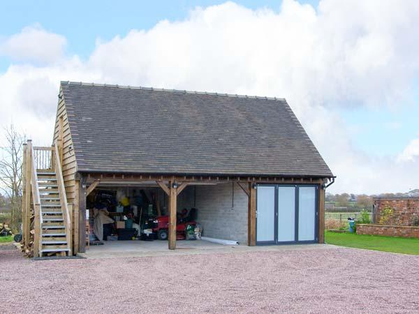 THE ACORN LOFT, welcoming apartment in great touring location, Northwood Ref 903772 - Image 1 - Welshampton - rentals