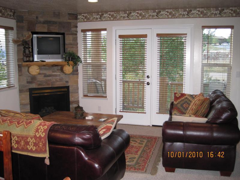Living Room - 3 bedroom Eden, Utah condo located in Moose Hollow - Eden - rentals