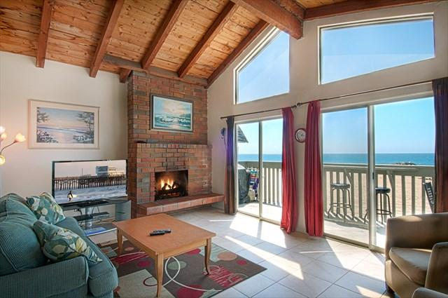 Inside photo showing family room with view to the beach - 3607 B Seashore Drive- Upper 3 Bedroom 2 Baths - Newport Beach - rentals