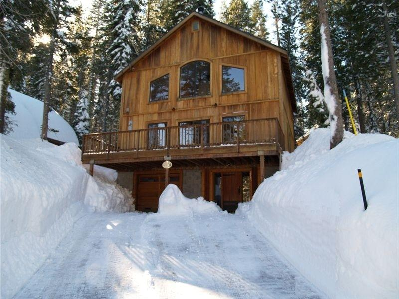 Sierra Retreat Second to None! - Image 1 - Soda Springs - rentals