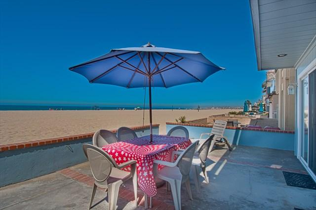 Patio & View - 3703 A Seashore Drive- Lower 2 Bedroom 2 Baths - Newport Beach - rentals