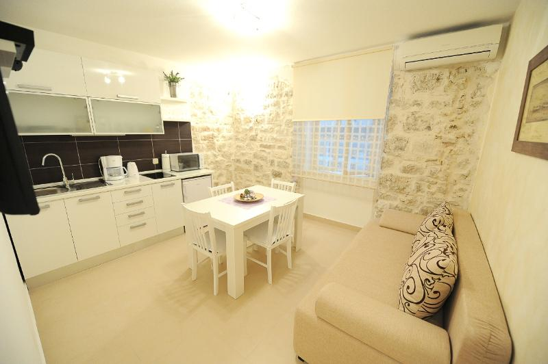 Zadar City Apartments - Apartment CASABLANCA - Image 1 - Zadar - rentals