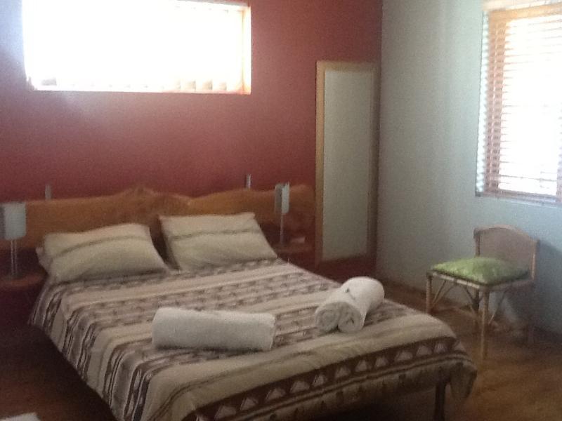 Bedroom 1 - Flatlet in the heart of Cape Town - Vredehoek - rentals