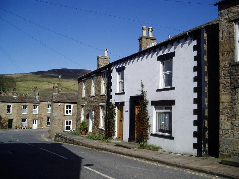The cottage is in Upper Wensleydale with ready access to the fells, dales and waterfalls - Kirklea Cottage, Askrigg, Wensleydale - Askrigg - rentals