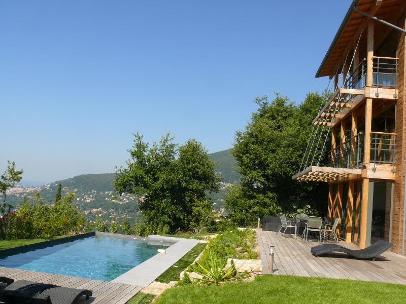 La Tour infinity pool and decking - Cote D'Azur Riviera Amazing 4 Bedroom Villa - Chateauneuf de Grasse - rentals