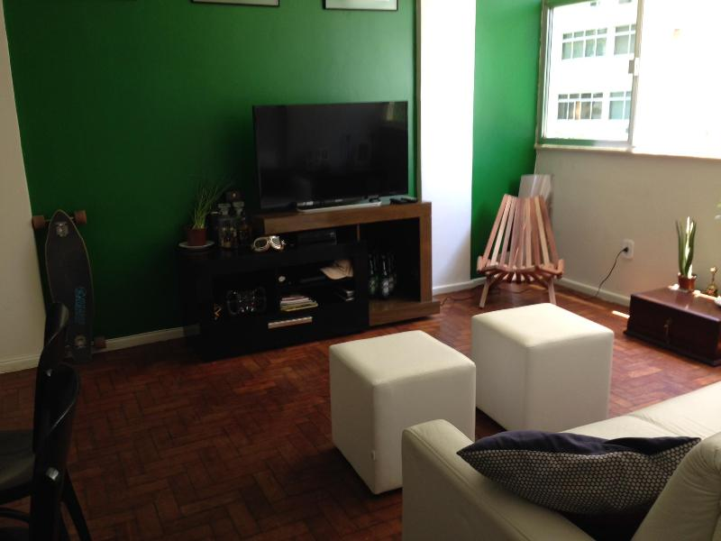 LED TV & Entertainment System - Perfect Location for 4: Leblon 1bed1bath - Rio de Janeiro - rentals